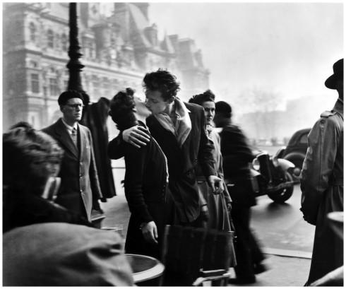 Il bacio all'Hotel De Ville